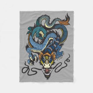 dragón manta de forro polar