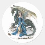Dragón más doméstico pegatina redonda