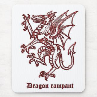 Dragón medieval de la heráldica desenfrenado tapete de ratón