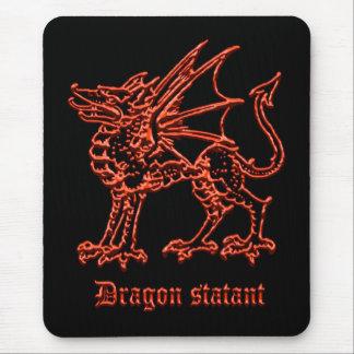 Dragón medieval de la heráldica statant alfombrilla de raton