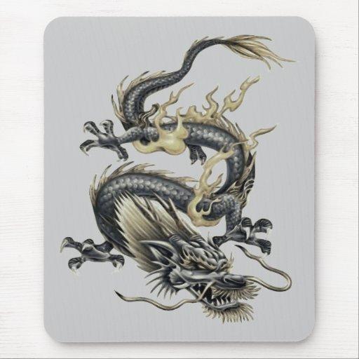 Dragón metálico tapete de ratón