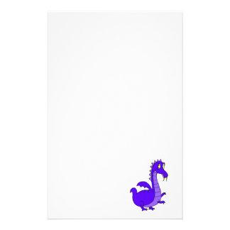 Dragón mimoso lindo púrpura papelería personalizada