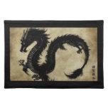 Dragón negro mantel individual