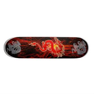 "Dragon on Fire Patineta 7 3/8"""