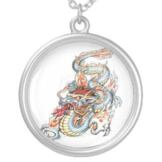 Dragón oriental ardiente fresco colgante redondo