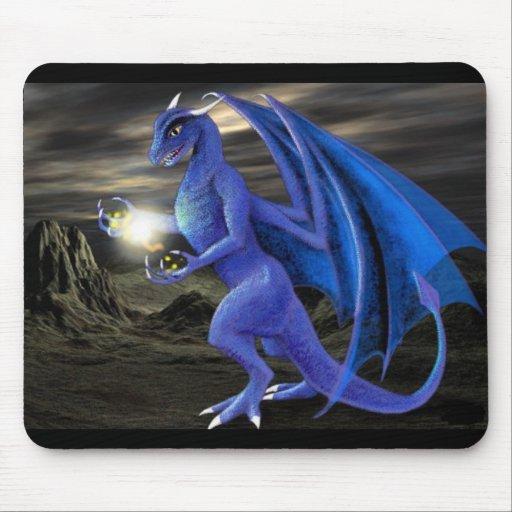 ¡Dragón oscuro de la magia del cielo! Tapetes De Raton