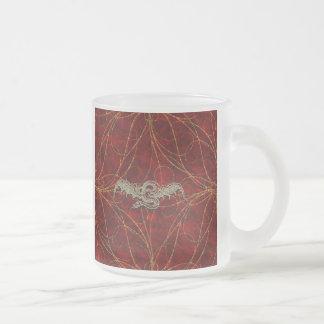 Dragón rojo del oro taza de cristal