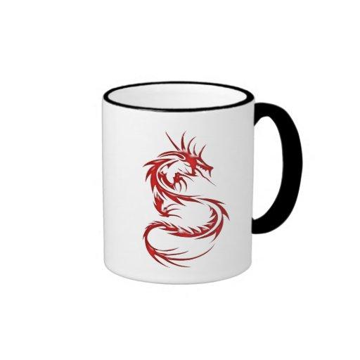 Dragón rojo del tatuaje tazas