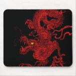 Dragón rojo tapete de ratones