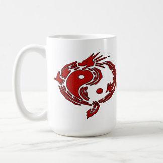 Dragón rojo taza básica blanca