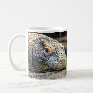 Dragón sin mi café taza básica blanca