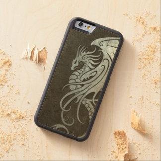 Dragón tribal que vuela - efecto de acero funda de iPhone 6 bumper arce