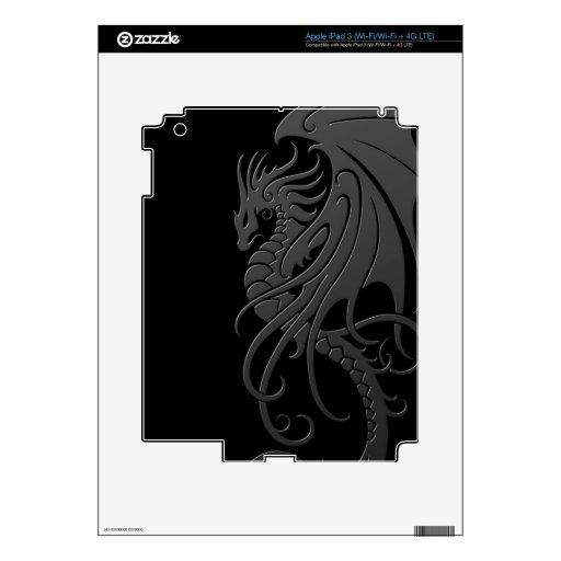 Dragón tribal que vuela - gris en negro pegatina skin para iPad 3