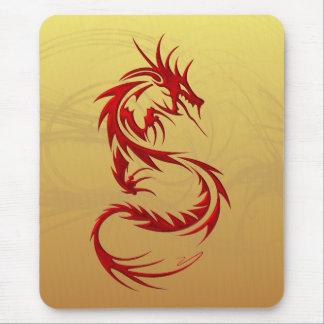 Dragón tribal mousepads