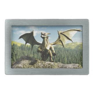 Dragón verde encaramado en una roca hebilla de cinturon rectangular