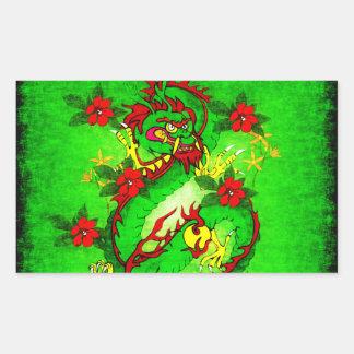 Dragón verde y flores rojas rectangular pegatina