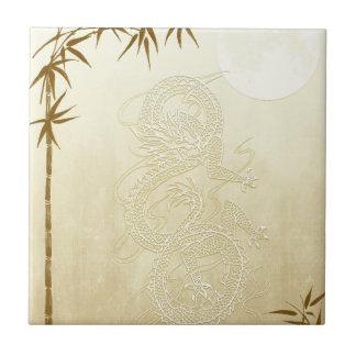 Dragón y bambú chinos azulejo cuadrado pequeño