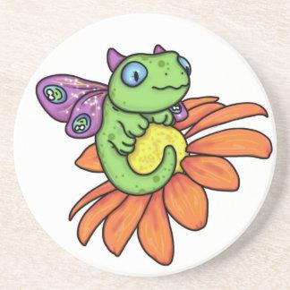 Dragón y girasol de hadas del bebé de Carrie Micha Posavasos Personalizados
