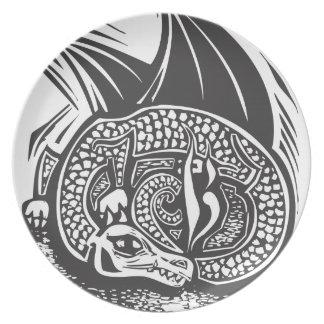 Dragón y horda plato para fiesta
