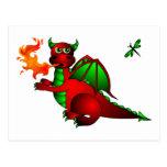 Dragón y libélula rojos postal