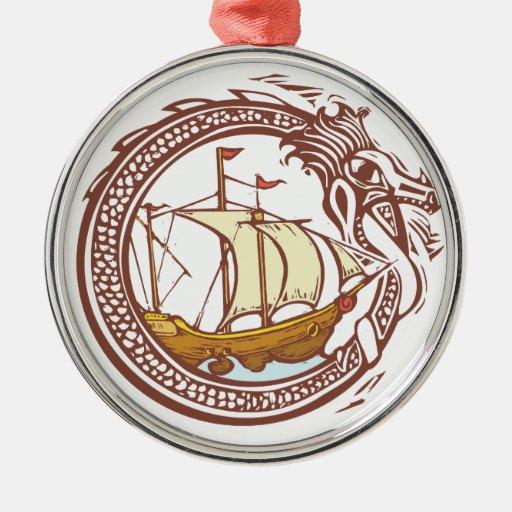 Dragón y nave ornamentos de reyes