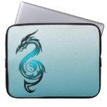 Dragon yin yang cyan laptop sleeve