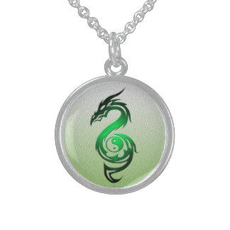 Dragon yin yang green round pendant necklace