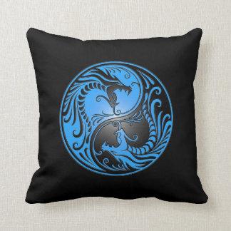 Dragones, azul y negro de Yin Yang Cojines