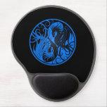 Dragones azules y negros de Yin que vuelan Yang Alfombrillas De Raton Con Gel