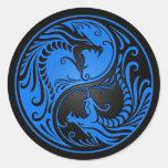 Dragones azules y negros de Yin Yang Pegatinas Redondas