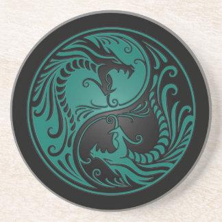 Dragones azules y negros del trullo de Yin Yang Posavaso Para Bebida