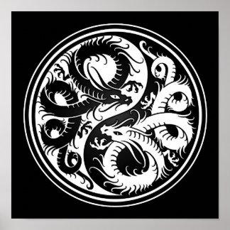 Dragones blancos y negros del chino de Yin Yang Impresiones