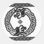 Dragones célticos pegatina redonda