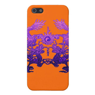 Dragones CHINOS de la púrpura del AÑO NUEVO iPhone 5 Fundas