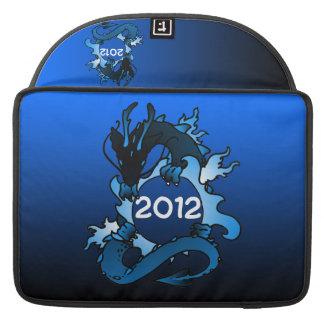 """Dragones """"clase"""" del negro y del azul funda para macbook pro"""