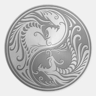 Dragones de Yin Yang del acero inoxidable Pegatina Redonda