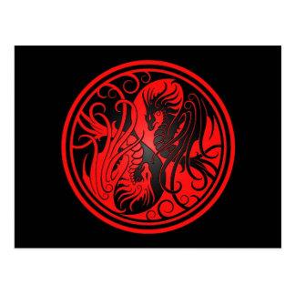 Dragones de Yin Yang del vuelo - rojo y negro Tarjeta Postal