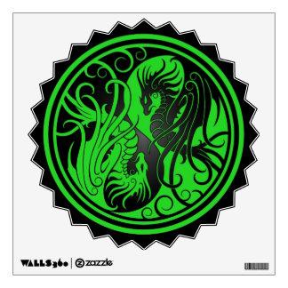 Dragones de Yin Yang del vuelo - verde y negro