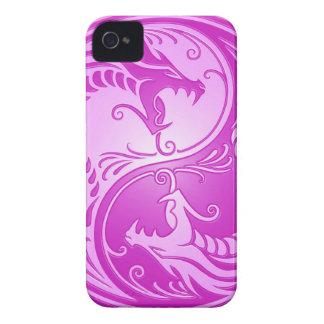Dragones de Yin Yang, purpúreos claros Case-Mate iPhone 4 Cárcasa