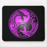 Dragones, púrpura y negro de Yin Yang Tapetes De Ratones