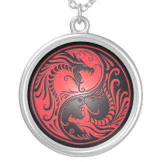 Dragones, rojo y negro de Yin Yang Colgantes