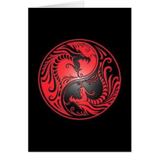 Dragones, rojo y negro de Yin Yang Tarjeta