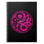 Dragones rosados y negros del chino de Yin Yang Libro De Apuntes