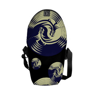 Dragones tribales Yin Yang (personalizable) Bolsas De Mensajeria