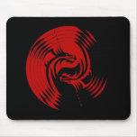 Dragones tribales Yin Yang (personalizable) Tapete De Raton