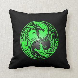 Dragones, verde y negro de Yin Yang Cojin