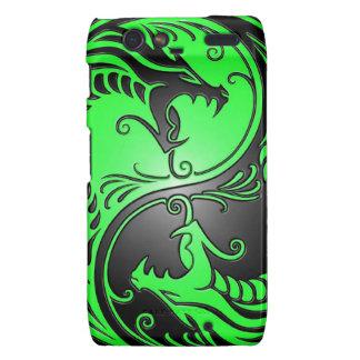 Dragones, verde y negro de Yin Yang Motorola Droid RAZR Carcasas