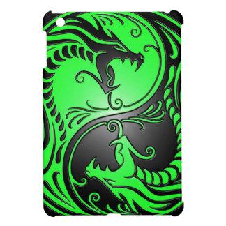 Dragones, verde y negro de Yin Yang iPad Mini Cárcasas