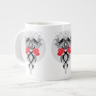 Dragones y taza del jumbo de los rosas