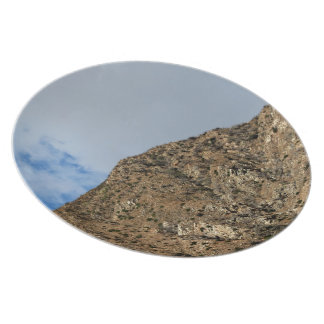 Dramatic Mountain 4 Party Plates